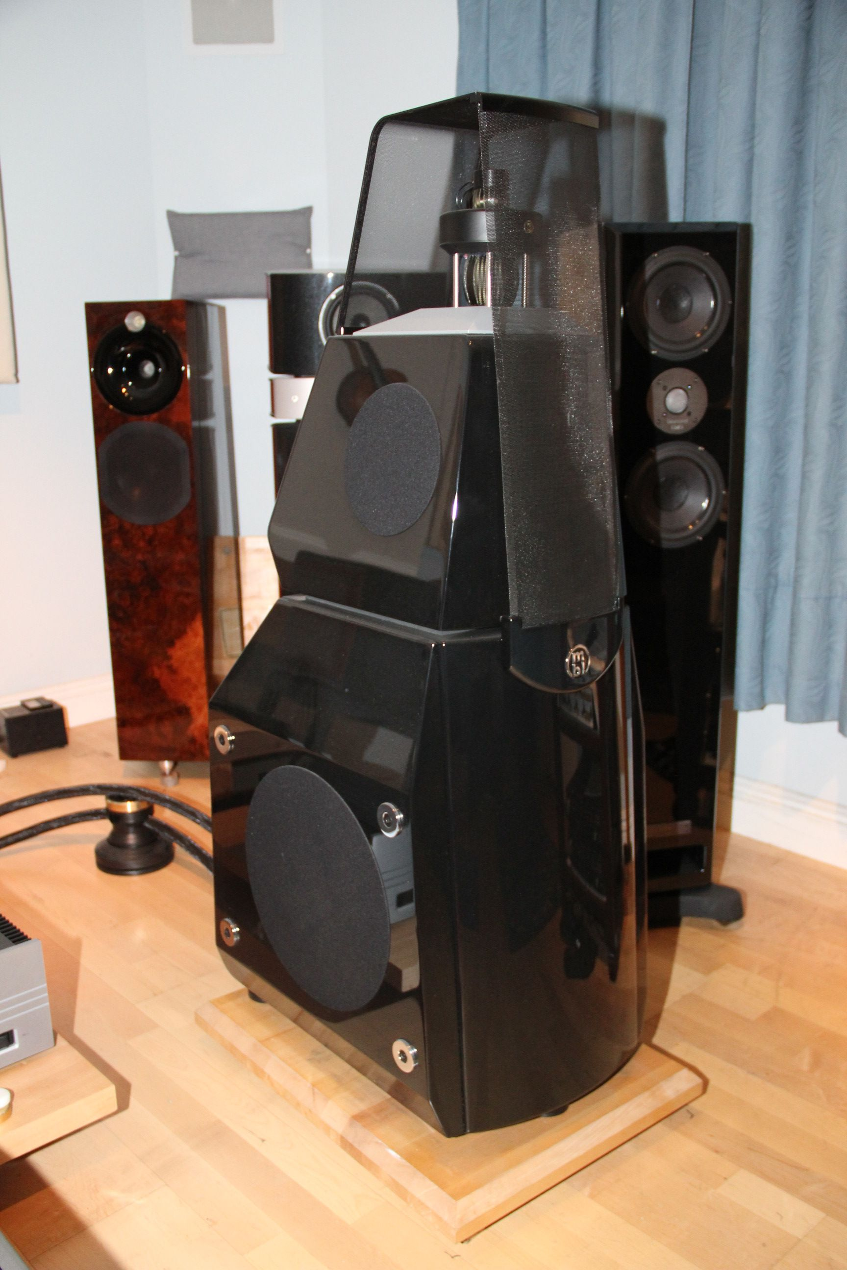 MBL 111F in piano black <br/> $42,000